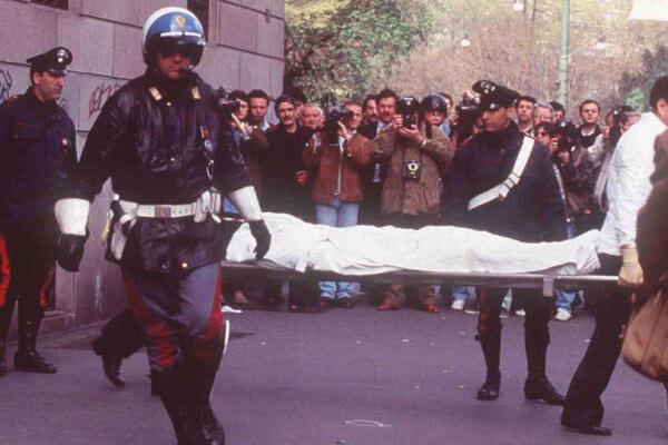 Asesinato de Maurizio Gucci en 1995. Fotografía: High Snobiety