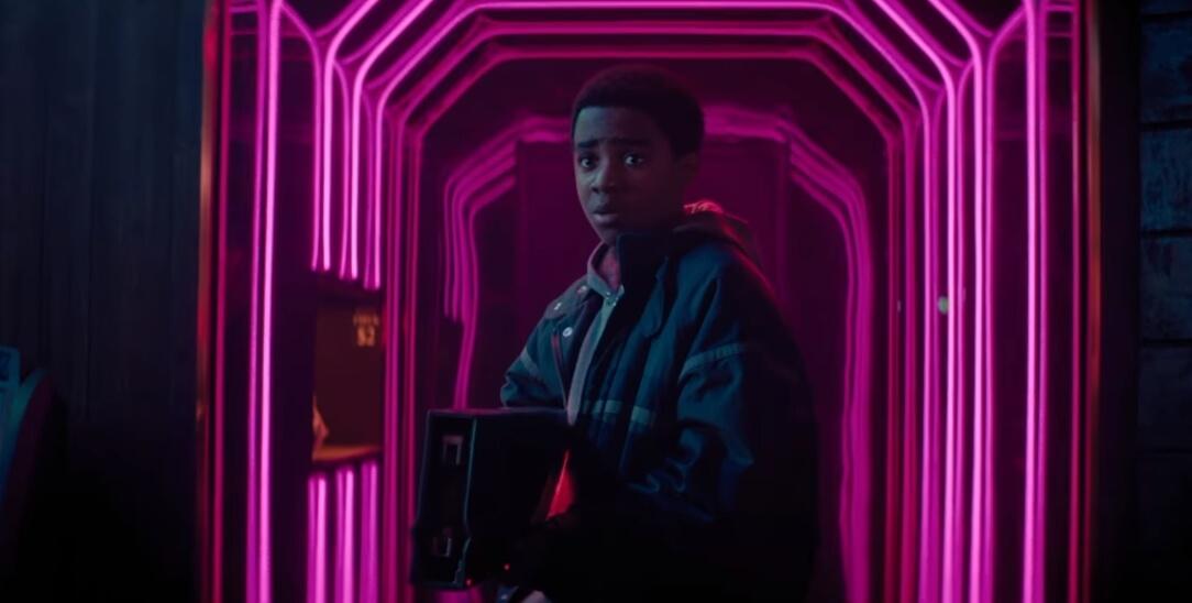 """James Franco es un villano en el salvaje trailer del thriller distópico """"Kin"""""""