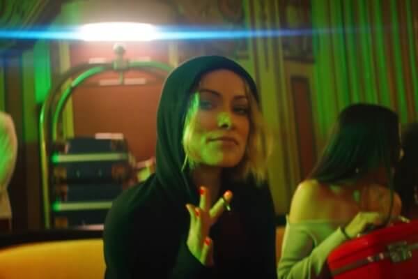 ELa actriz Olivia Wilde en el nuevo video de Drake,