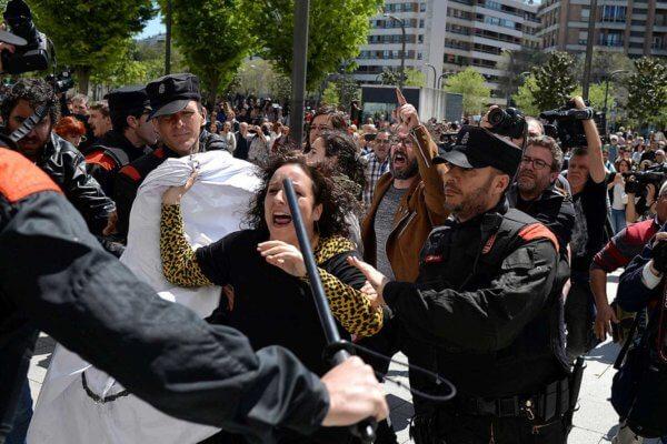 Protestas en Pamplona luego del veredicto. Fotografía: RTVE