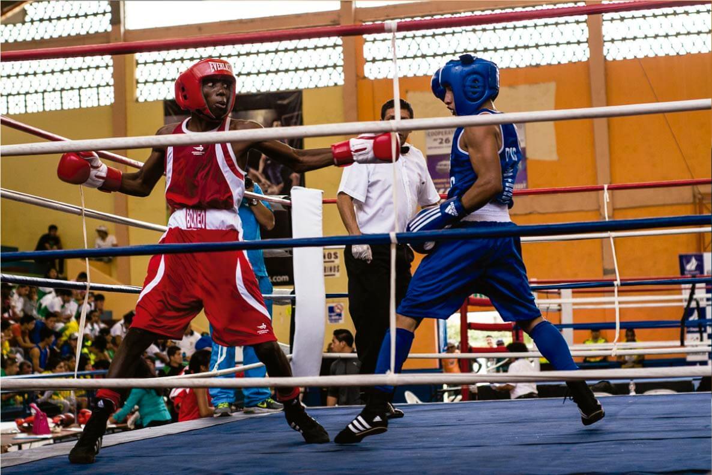 """""""Siguiente Round"""": El documental que pelea contra la pobreza en el ring de un barrio de Guayaquil"""