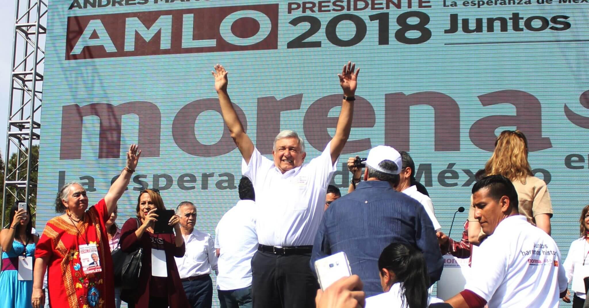 Andrés Manuel López Obrador durante la apertura de su campaña en México. Imagen: Animal Político