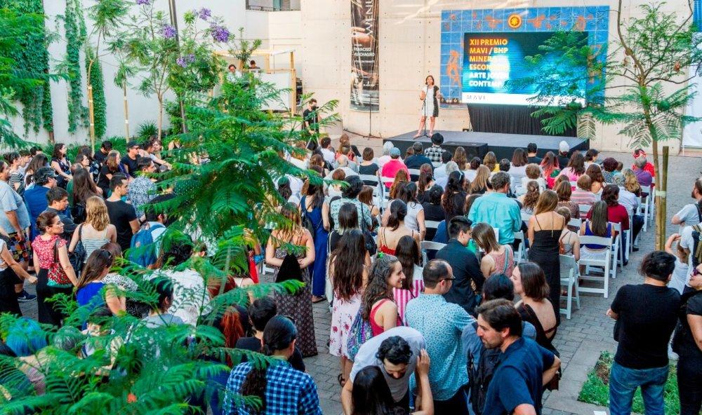 La ceremonia del Premio Arte Joven MAVI/BHP del año pasado. Imagen: MAVI