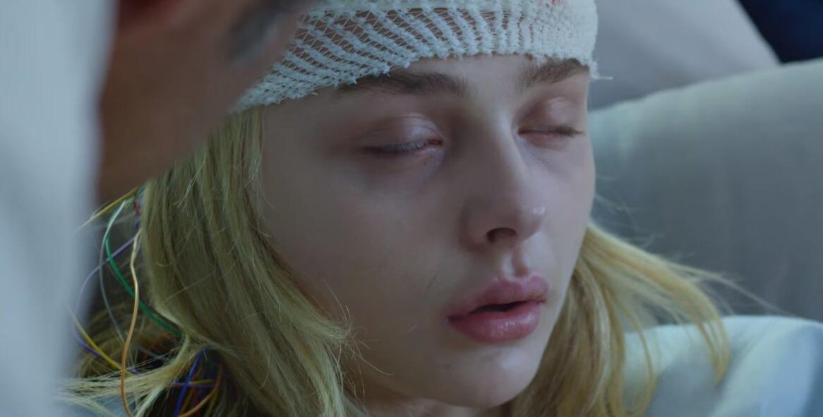 """Chloë Grace Moretz pierde la razón en el trailer de """"Brain On Fire"""" de Netflix"""