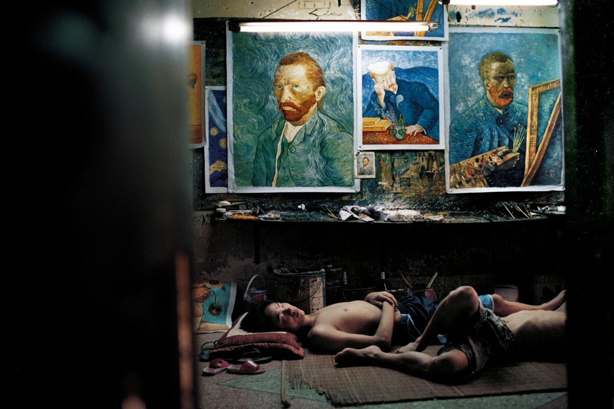 """China's Van Goghs"" de Haibo y Kiki Tianqi Yu."