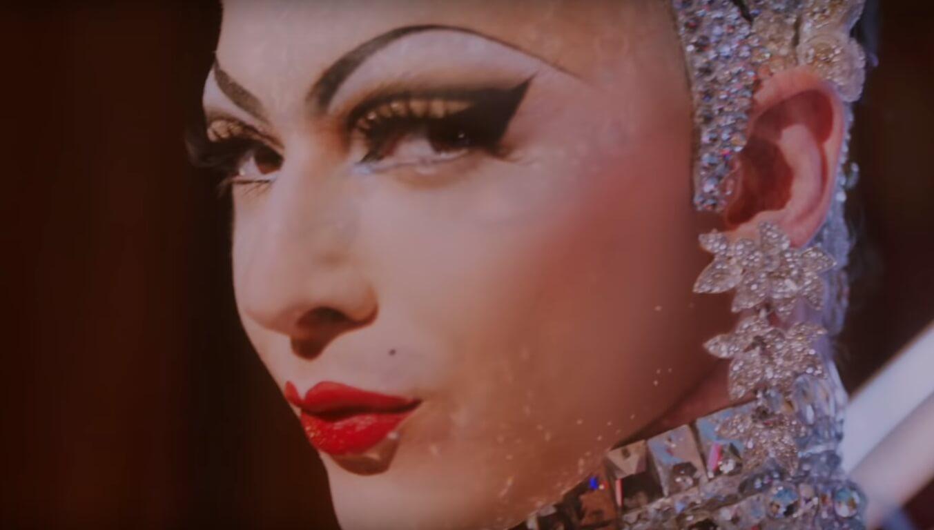 """""""Neon Dream"""": Violet Chachki y Sarah Paulson son Marilyns en drag para el nuevo corto de Prada"""
