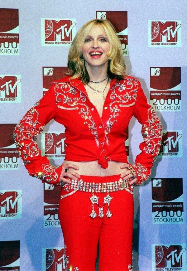 Madonna en los EMAs del año 2000. Fotografía: Archivo/REX