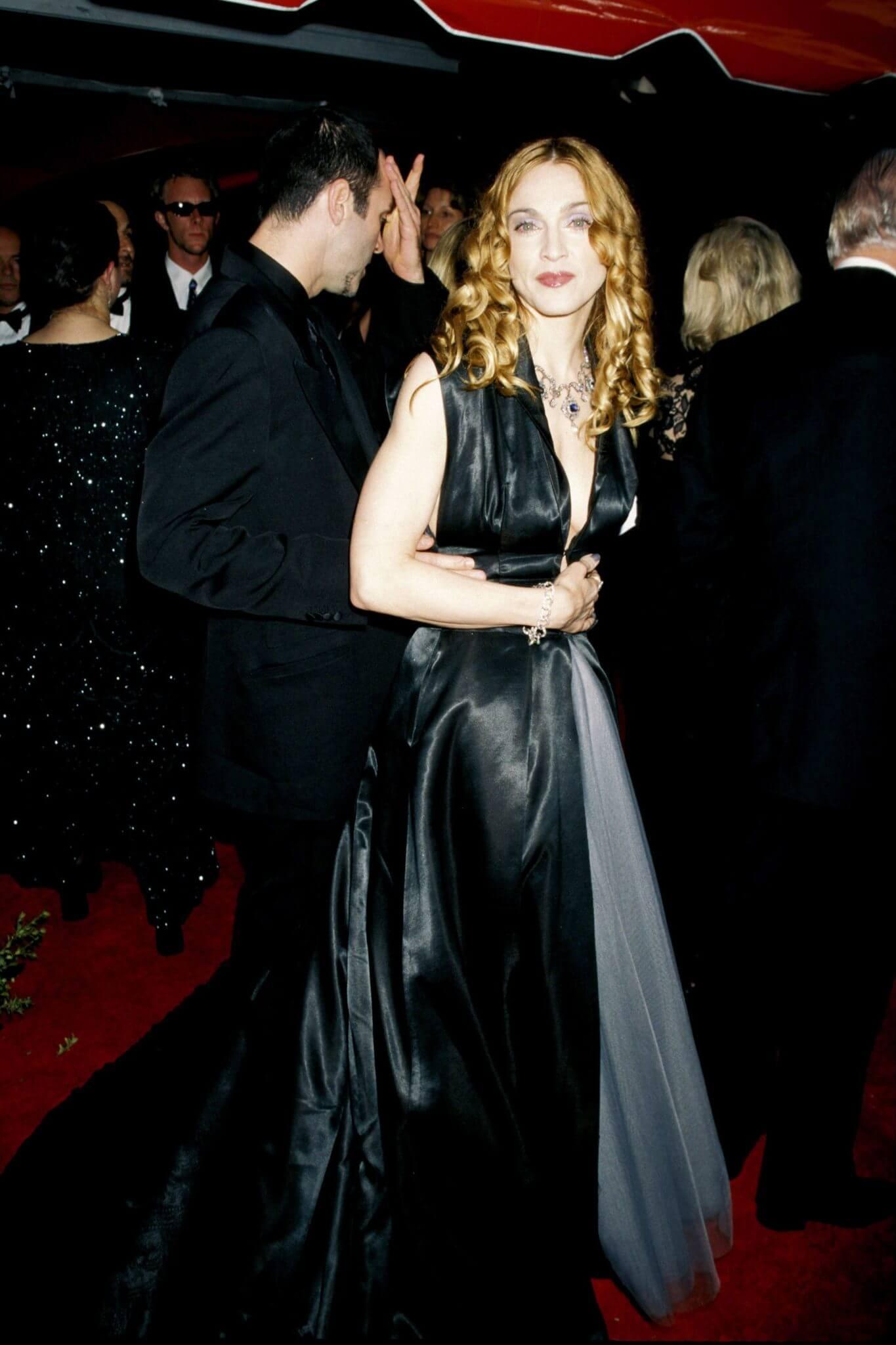 Madonna en los Academy Awards de 1998. Fotografía: Getty Images