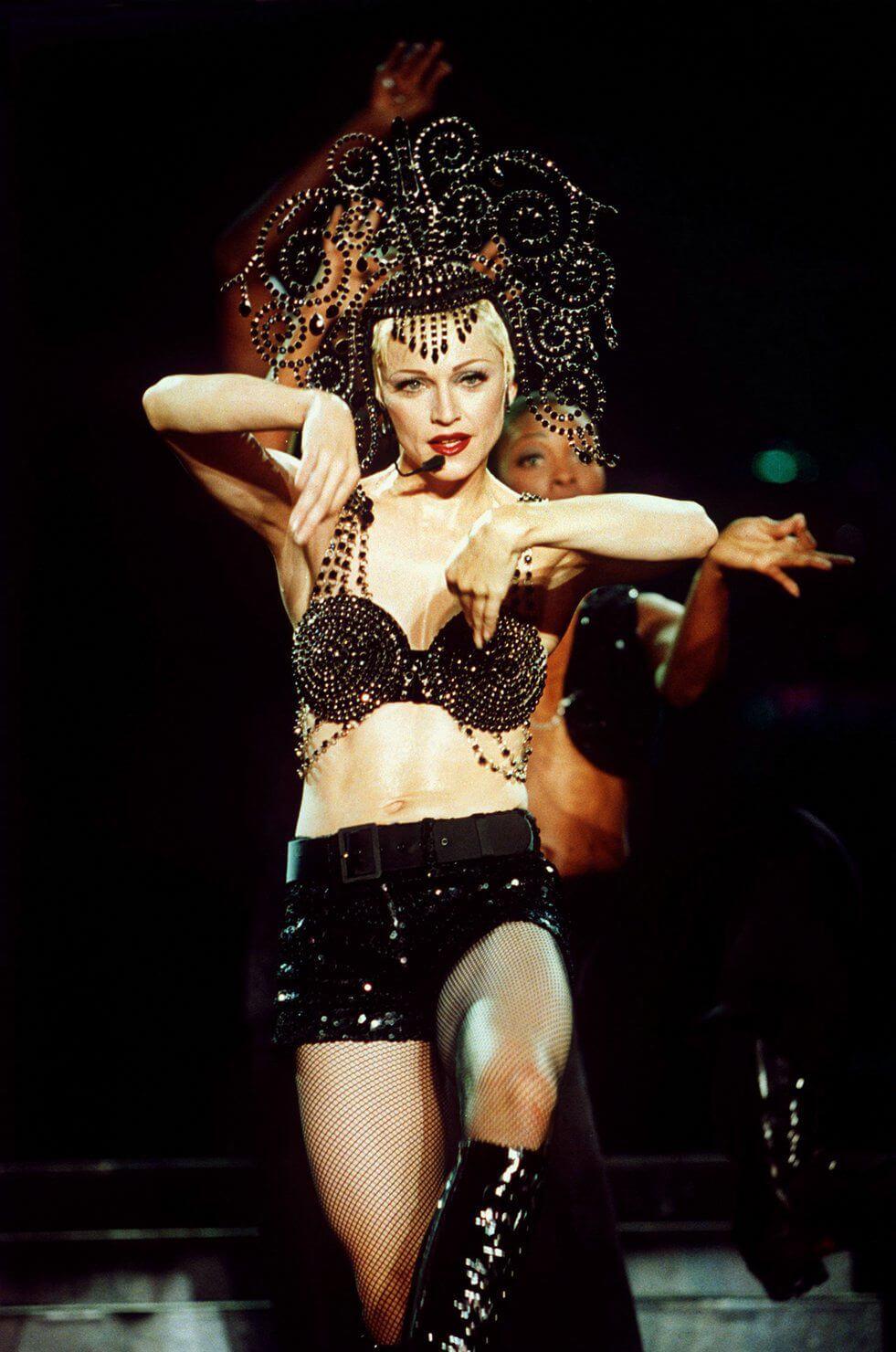 Madonna en el Girlie Show Tour del año 1993. Fotografía: Getty
