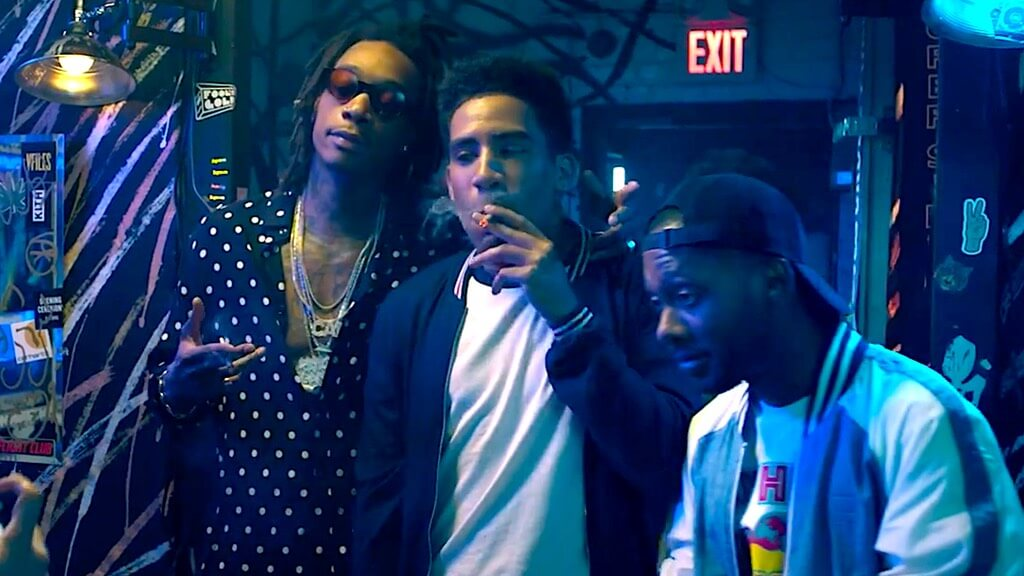 "Kyle vomita sobre Wiz Khalifa en el trailer de ""The After Party"", la nueva stoner comedy de Netflix"