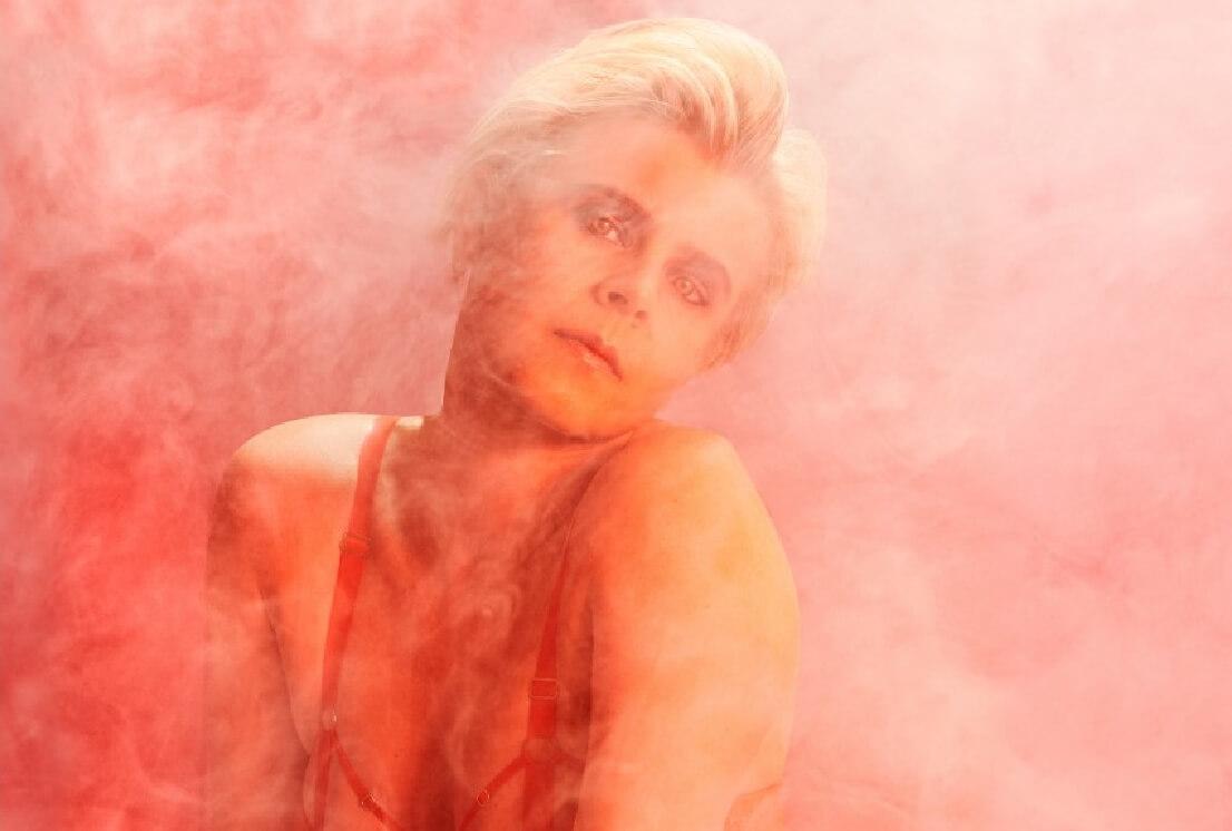 12 lanzamientos recientes que debes escuchar: Robyn + BADBADNOTGOOD + Muse y más
