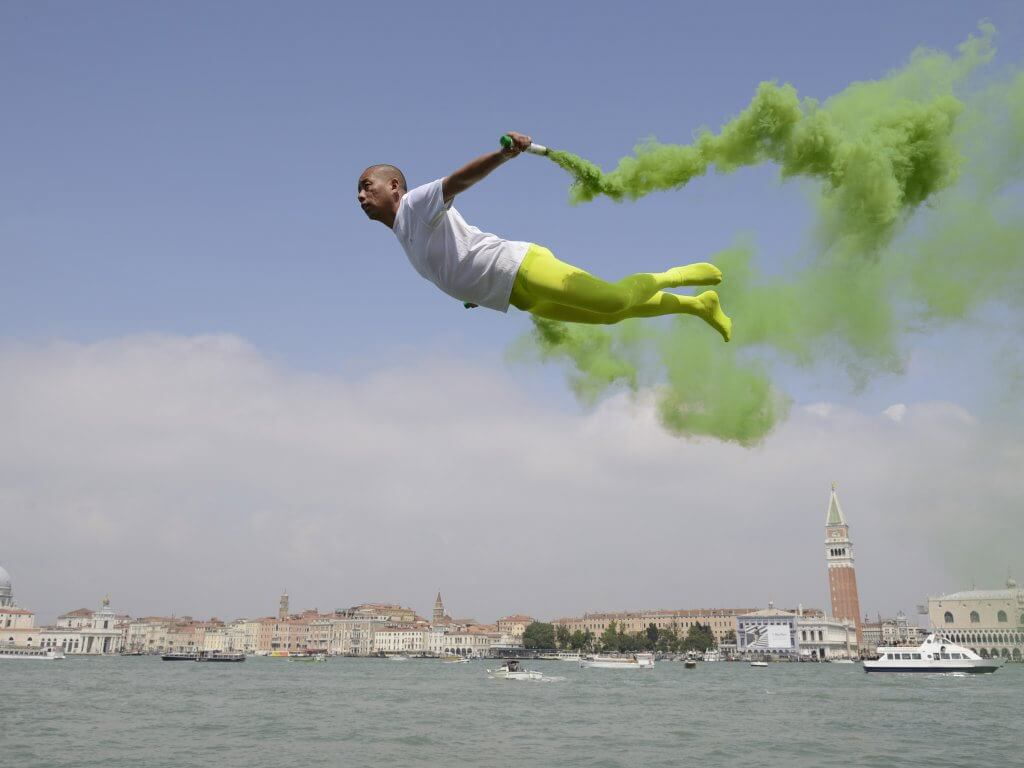 """Flying in Venice"". Fotografía: Li Wei"