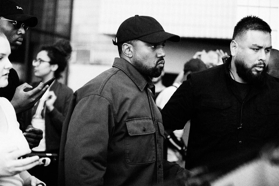 """Paren todo, que Kanye West se retracta: """"He abierto los ojos. He sido utilizado"""""""