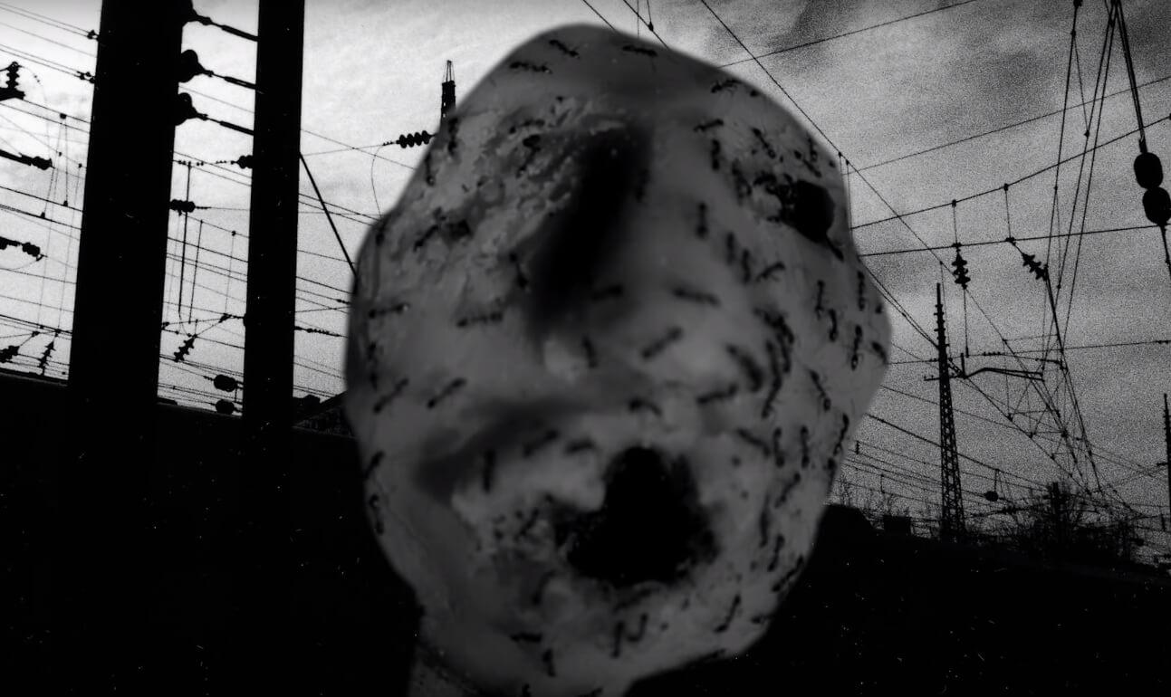 """Dale un vistazo al extraño nuevo corto de David Lynch, """"Ant Head"""""""