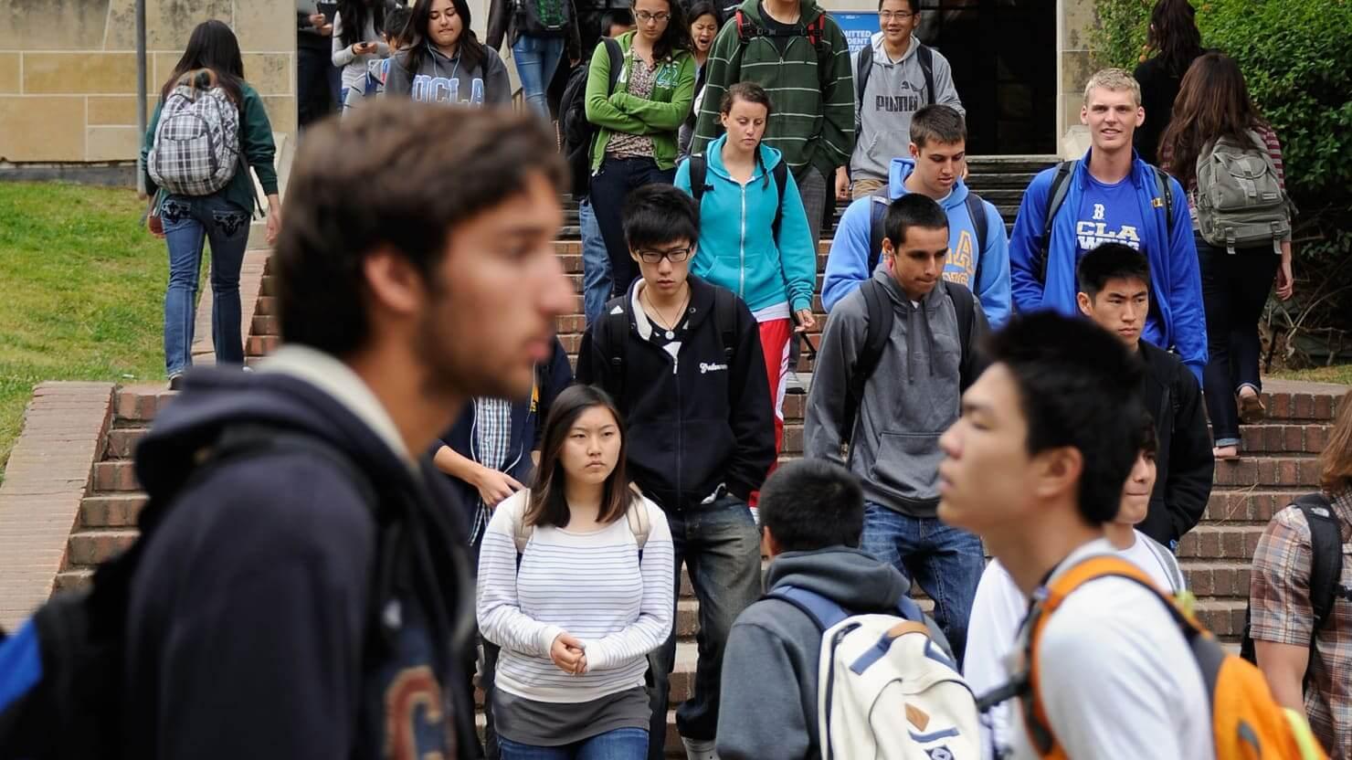 Un nuevo estudio revela que el 21% de los millennials latinoamericanos ni estudia ni trabaja