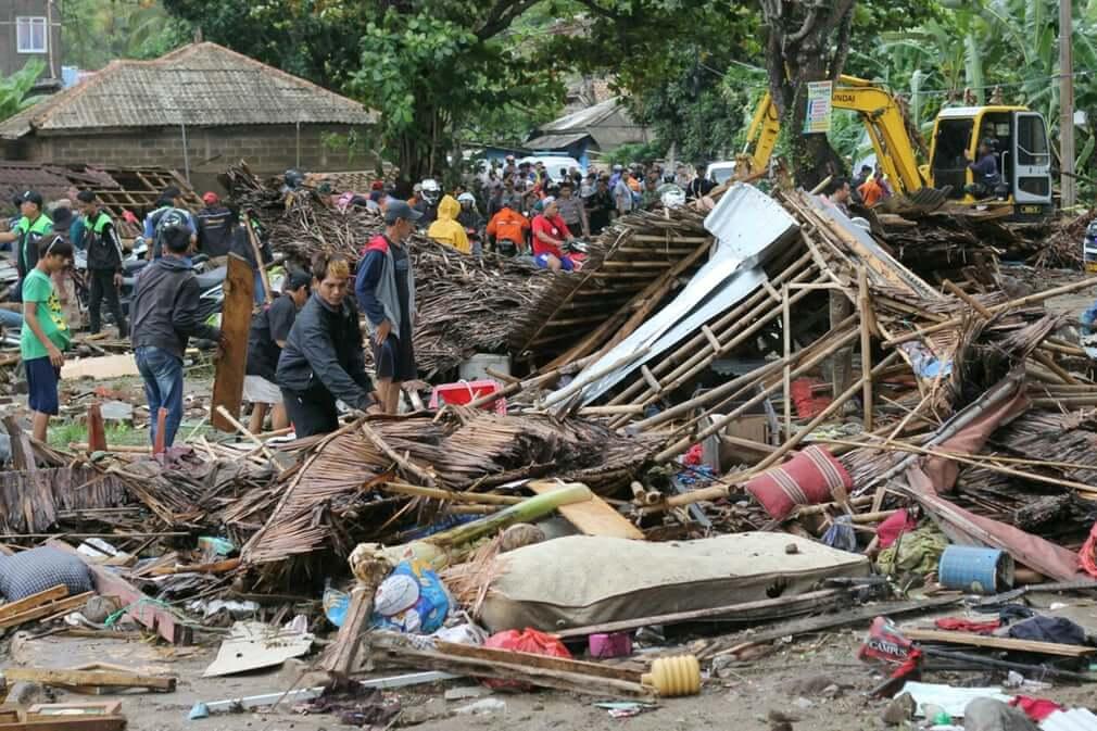 Todo lo que debes saber sobre el tsunami en Indonesia que dejó 373 fallecidos y más de 1400 heridos
