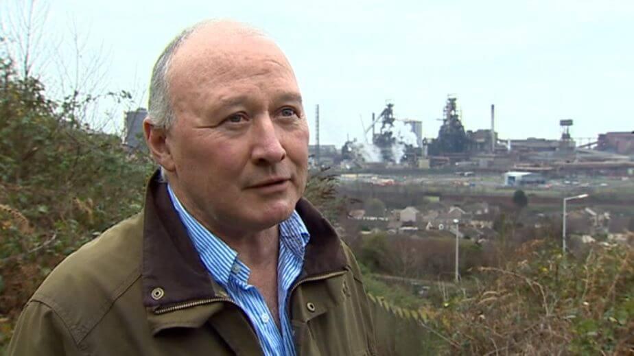Ian Lewis, el dueño del estacionamiento con el mural de Banksy. Imagen: BBC