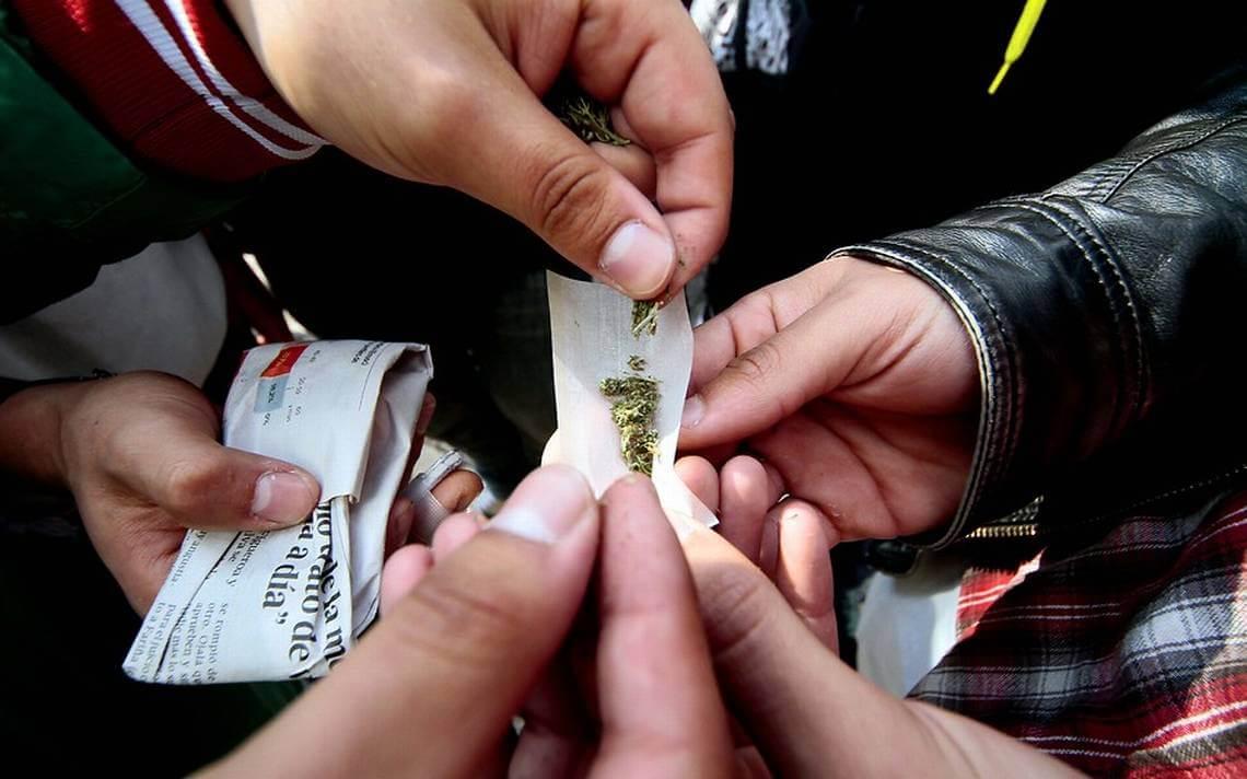 Estudiantes chilenos lideran consumo de tabaco, cocaína y marihuana en toda América