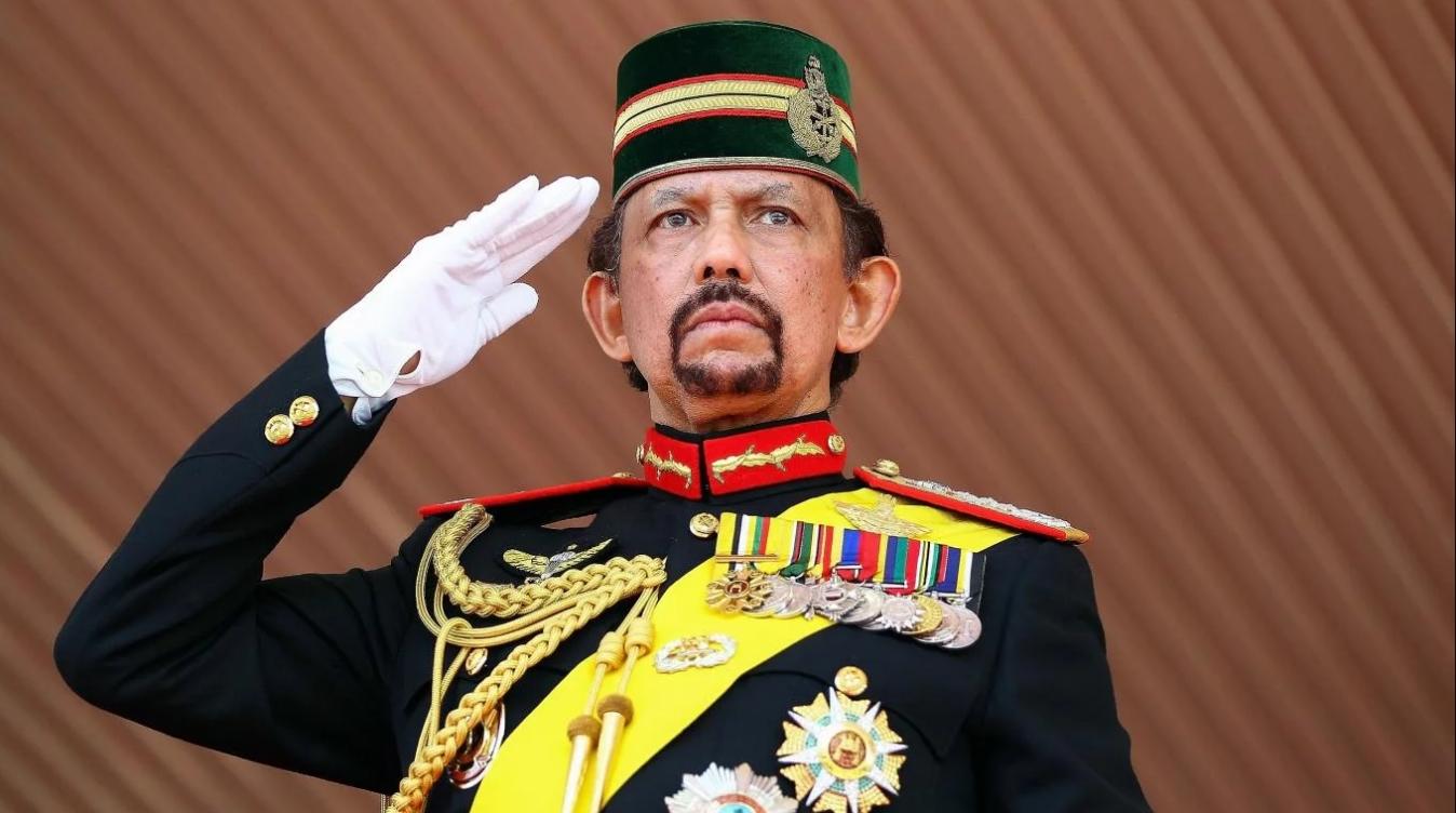 Brunei: condena mundial por leyes que castigan la homosexualidad y el adulterio con lapidación
