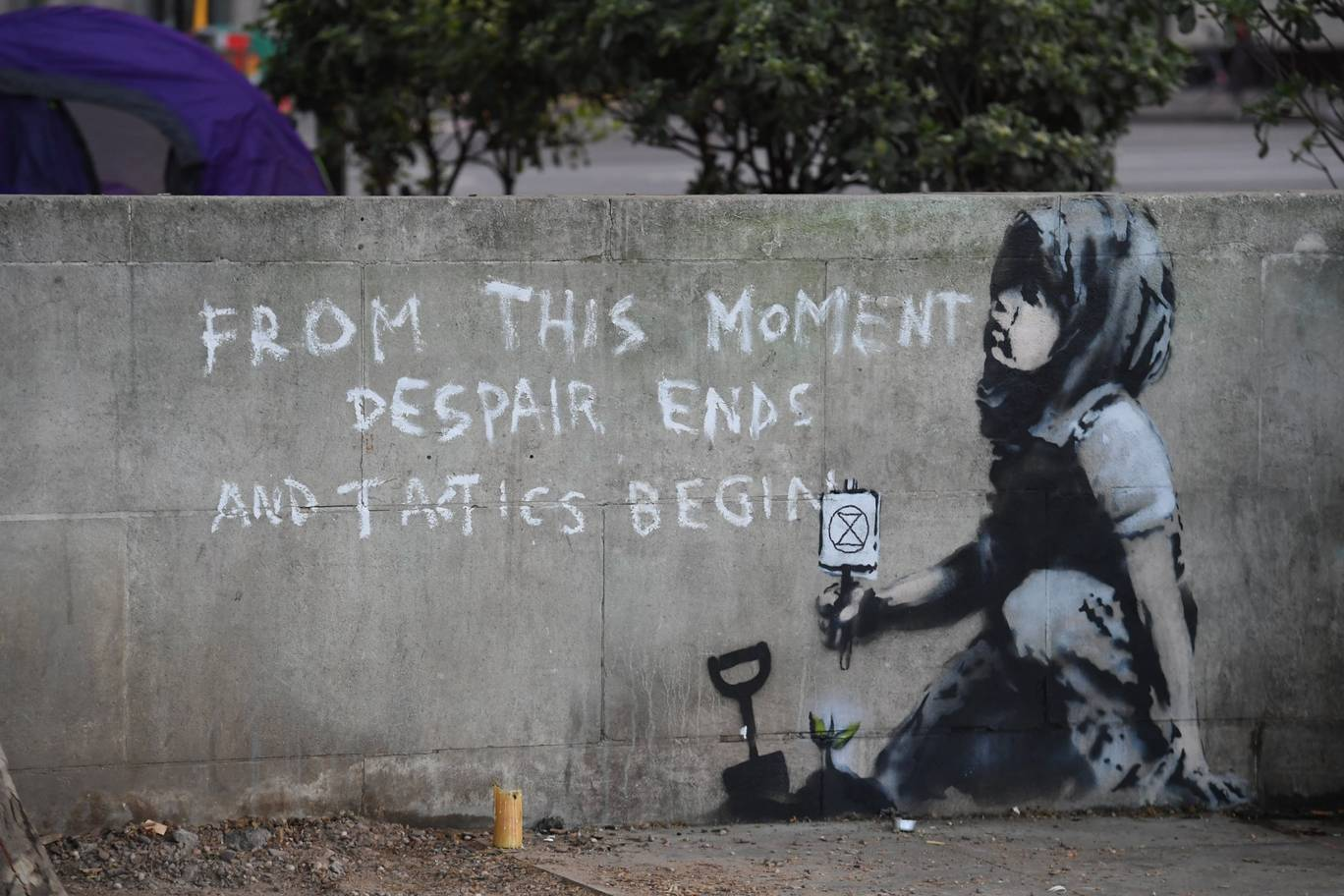 Un supuesto nuevo Banksy aparece en Londres en apoyo a protestas de activistas del medio ambiente
