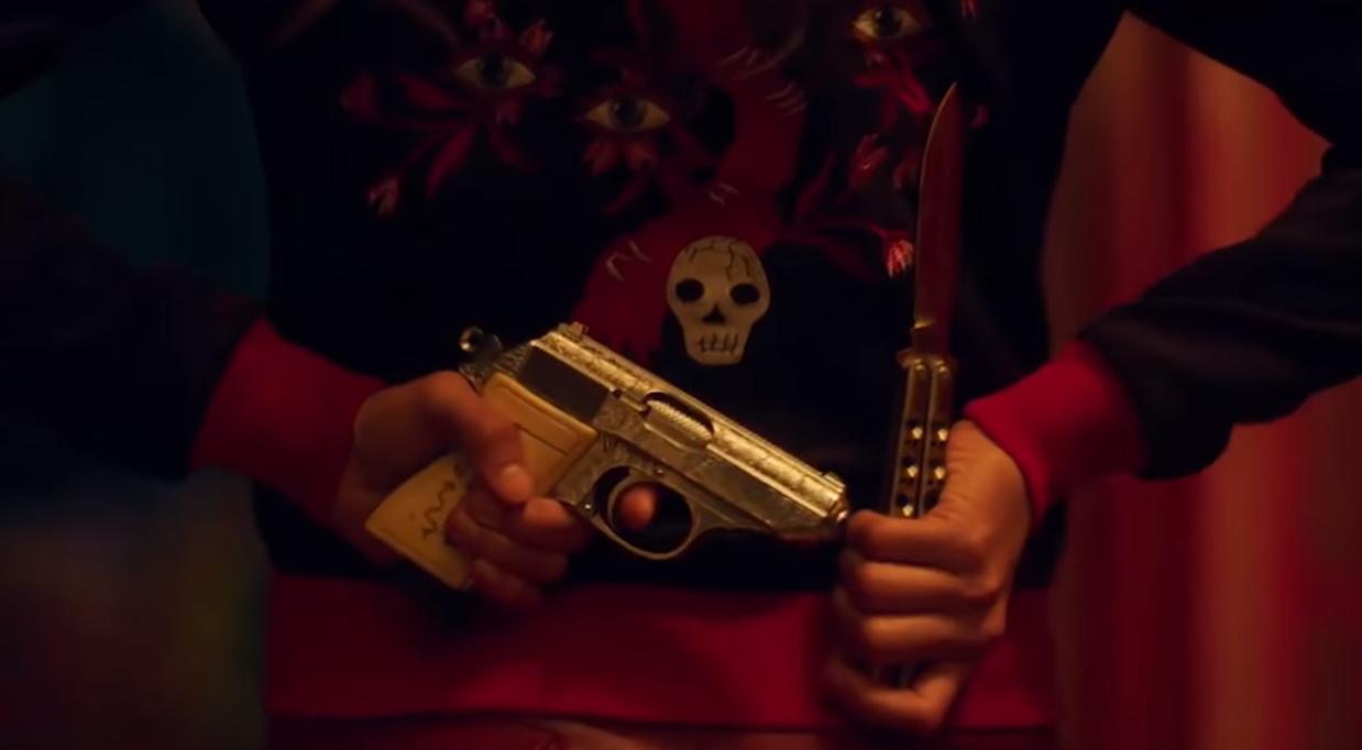 """""""Too Old To Die Young"""": Nicolas Refn regresa con un violento trailer bañado de neón de su nueva serie para Amazon"""