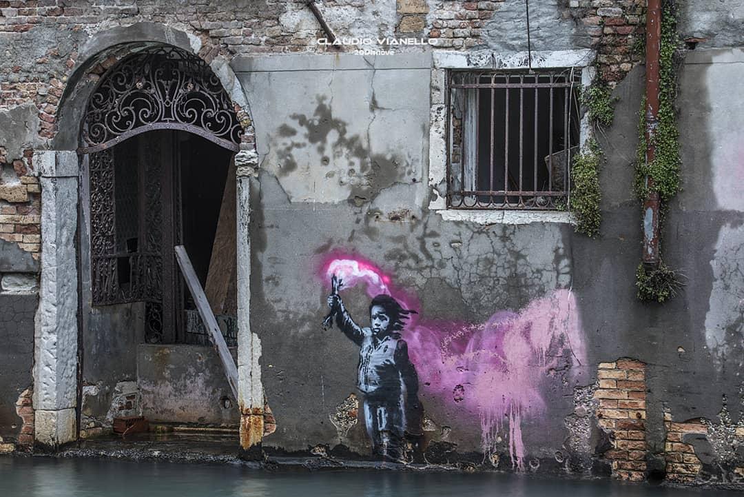 El supuesto Banksy en Venecia. Fotografía: Evening Standard