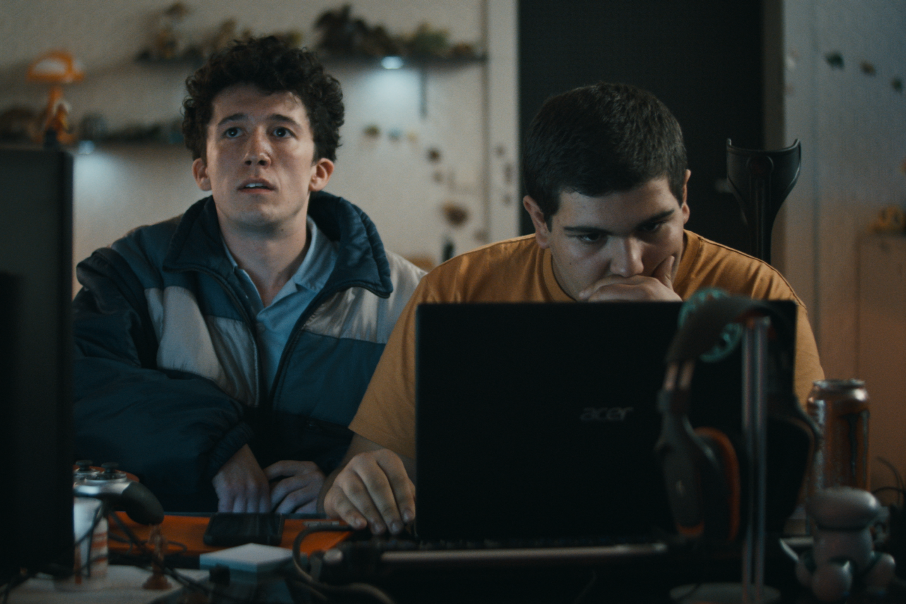 "6 razones por las que debes ver ""How To Sell Drugs Online (Fast)"" en Netflix"