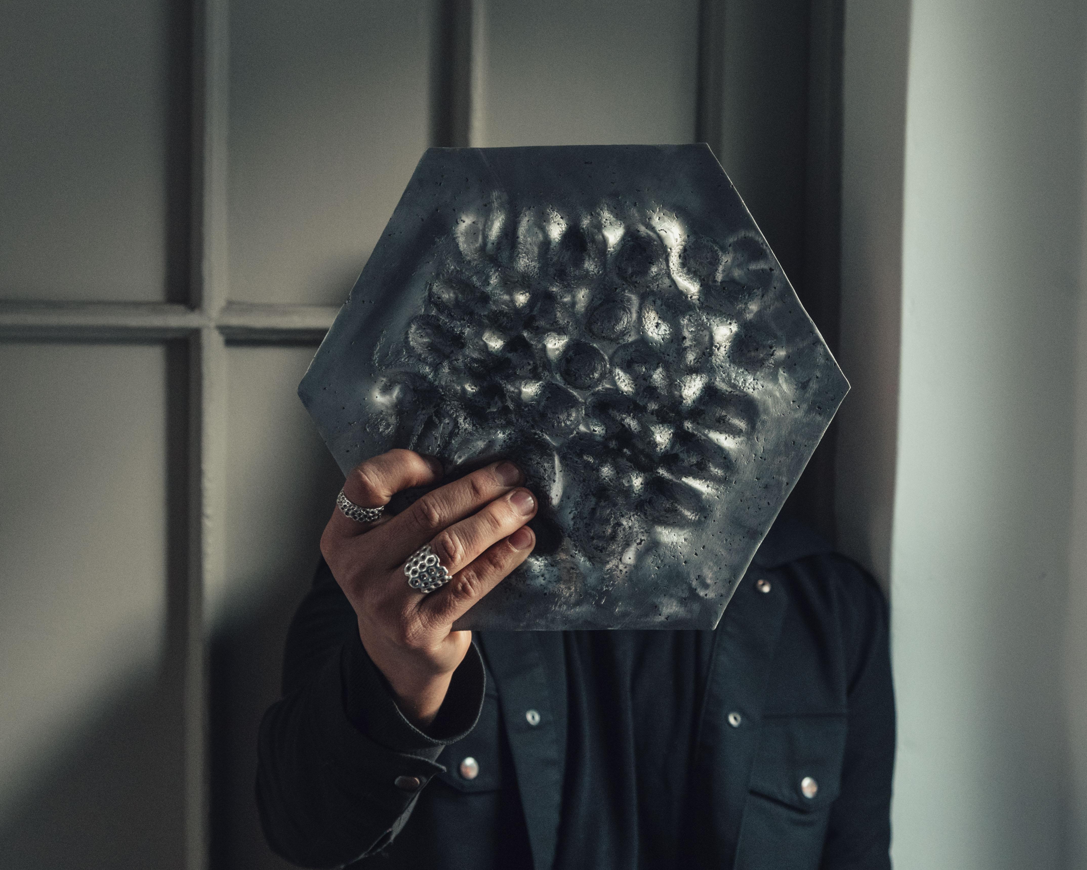 """Q&A con el artista Max Pazols: """"Esta muestra es un encuentro entre la creación digital y la fabricación material"""""""