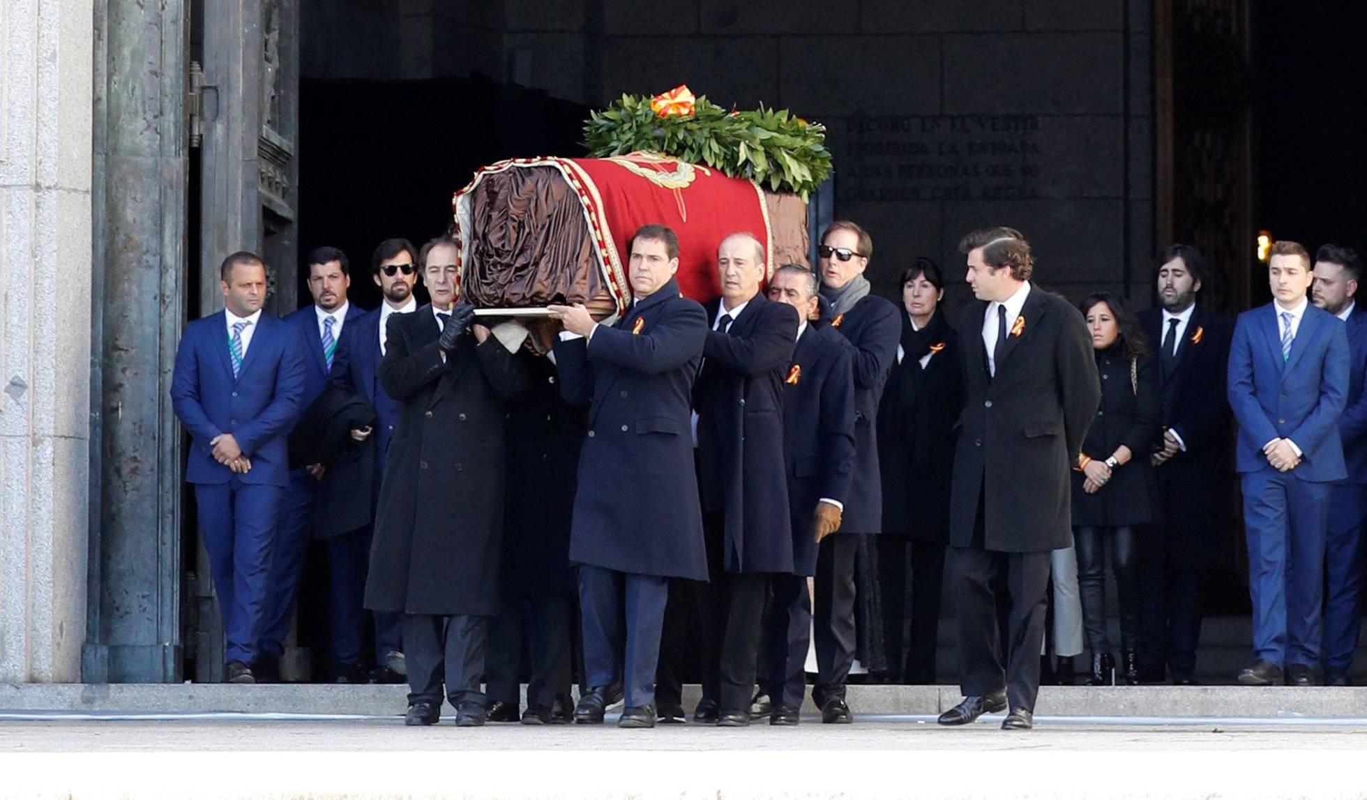 Exhumado Franco: Los restos del dictador ya no estarán con las víctimas que él mismo mandó a torturar