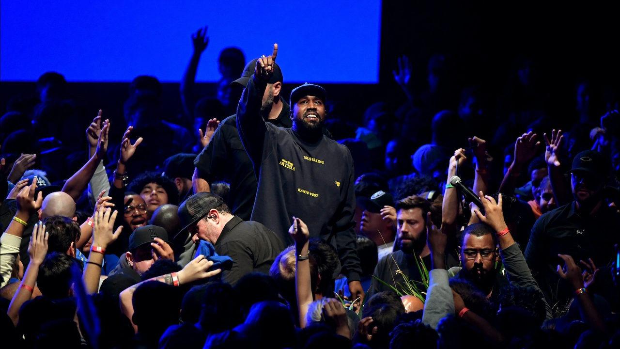 """Kanye West visita el show de Jimmy Kimmel para promocionar su nuevo disco: """"Estoy en servicio a Dios"""""""