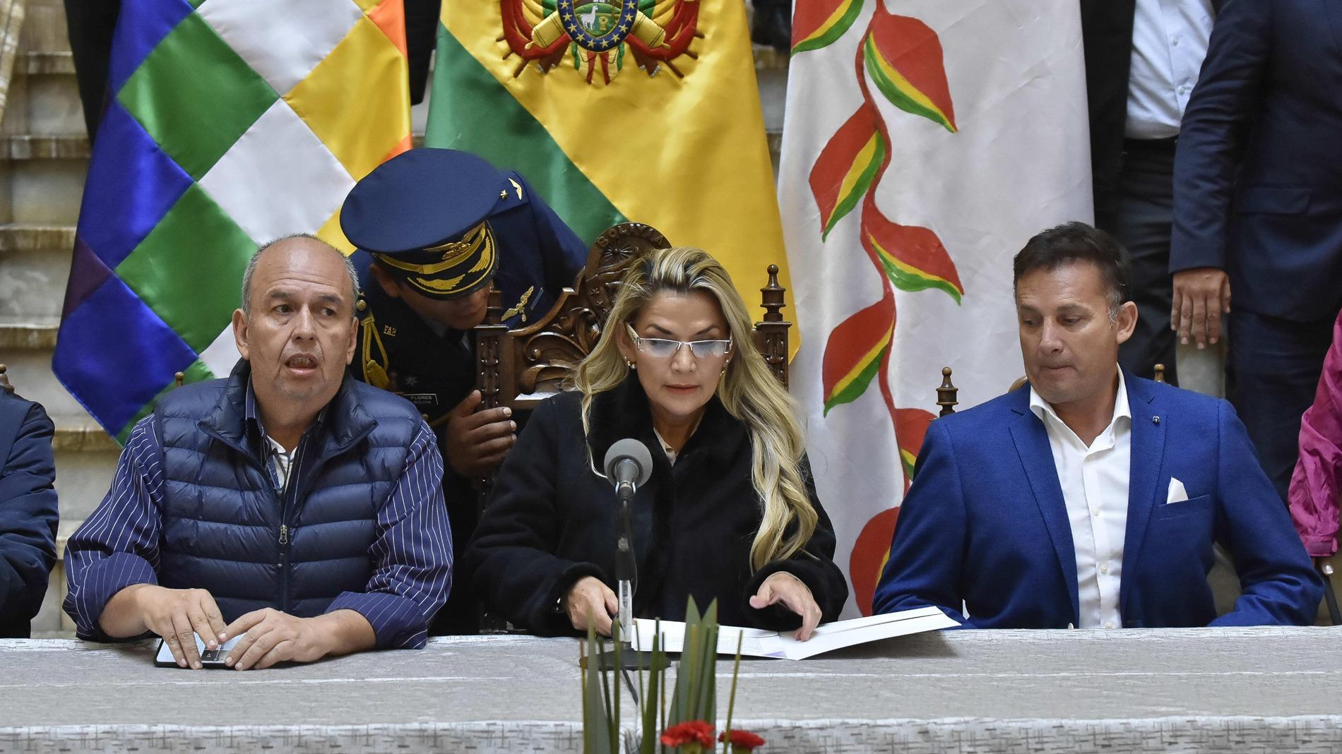 Bolivia espera realizar elecciones en cinco meses sin Evo Morales