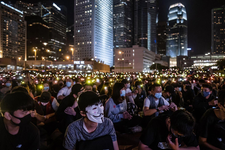 ¿De qué trata la ley del Congreso de EE.UU. a favor de los manifestantes de Hong Kong que desata la molestia de China?