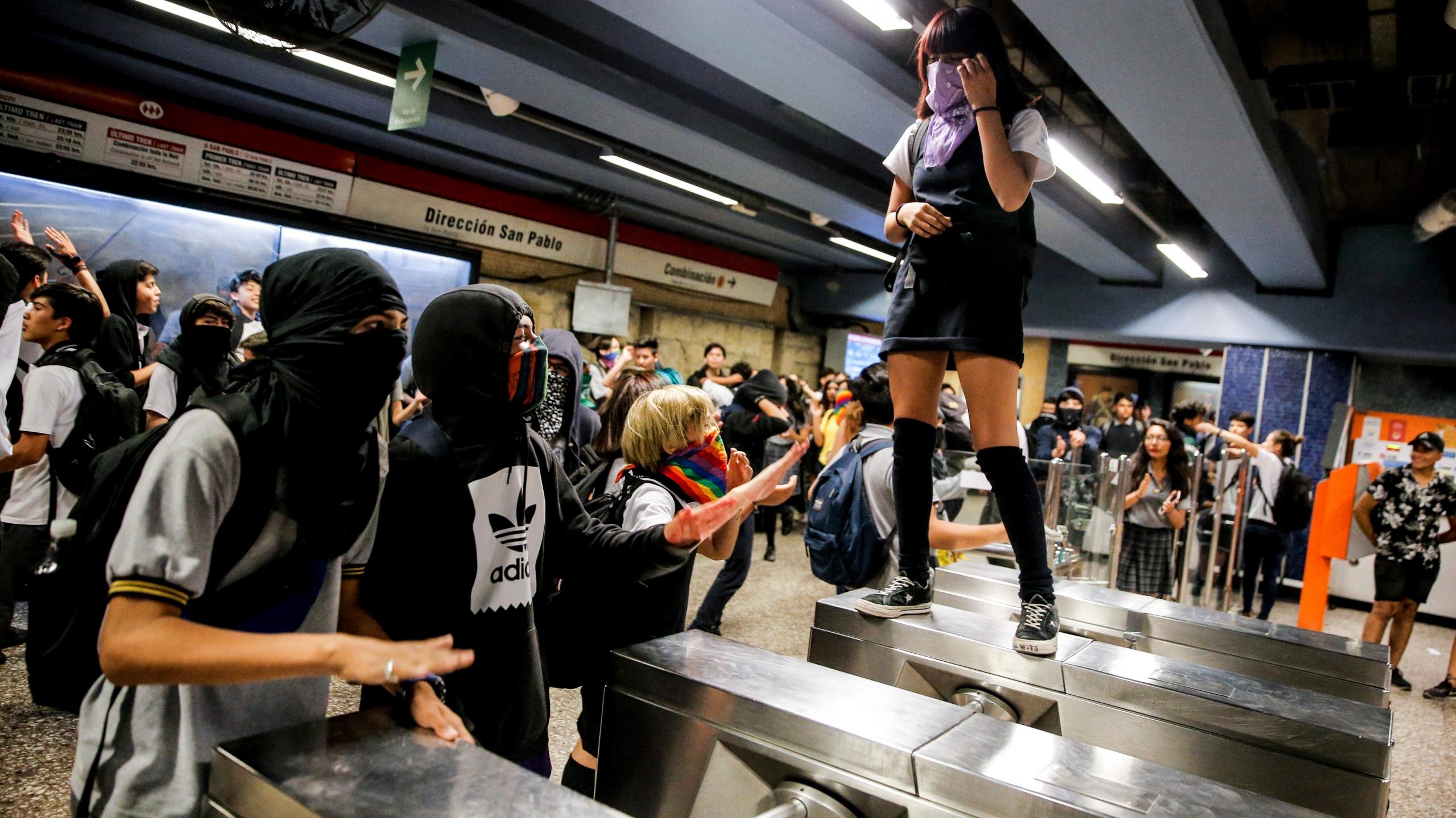 """Gobierno de Chile acusa influencia del """"k-Pop"""" en el estallido social"""