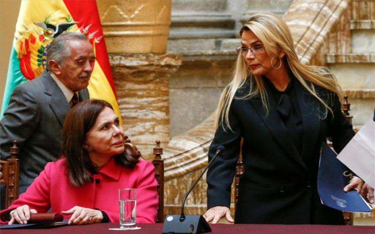 España pide expulsión de diplomáticos como respuesta a ataques diplomáticos de Bolivia