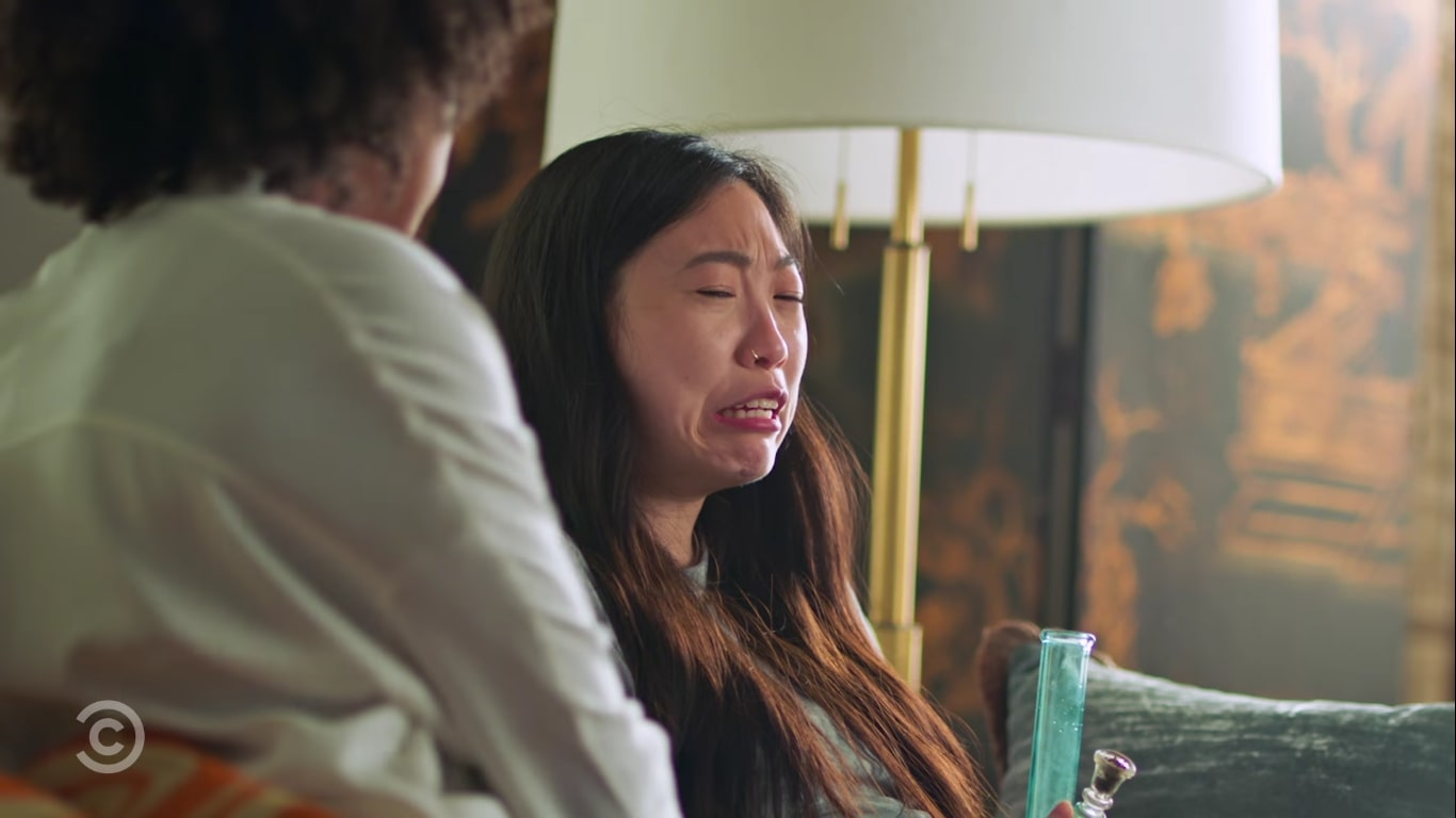 """Awkwafina Is Nora from Queens"": Awkwafina es una millenial ""complicada"" que se convierte en adulta en esta divertida serie"