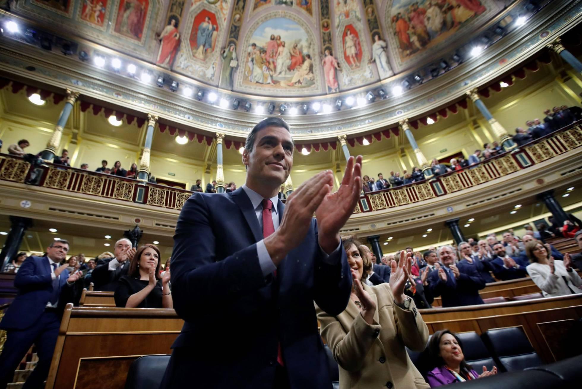 Pedro Sánchez es elegido como presidente del gobierno español