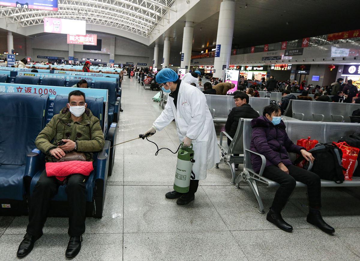 El coronavirus obliga a China a ampliar su cuarentena a cuatro ciudades más