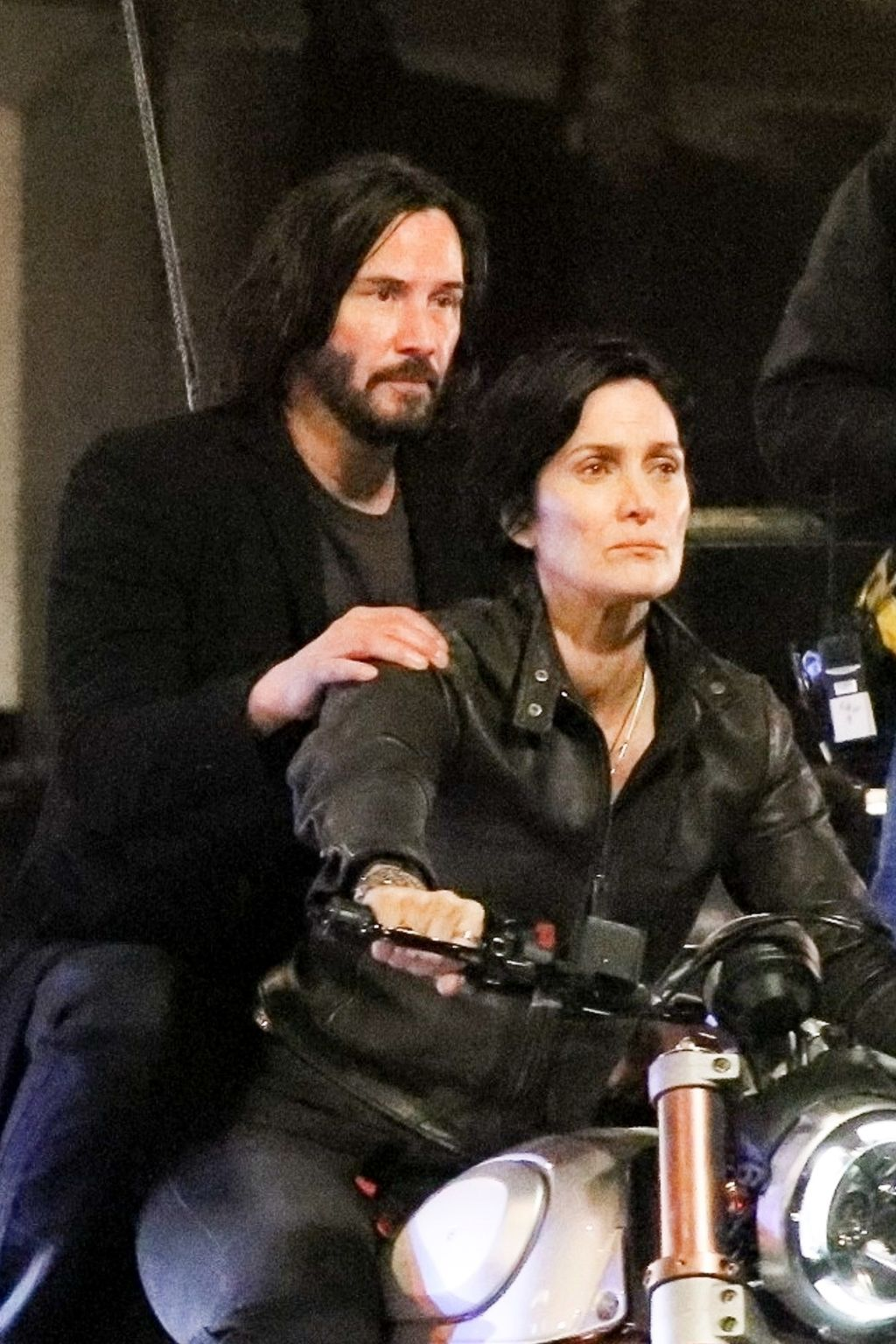 """The Matrix 4"": Keanu Reeves y Carrie-Anne Moss se reúnen en el intenso rodaje del filme"
