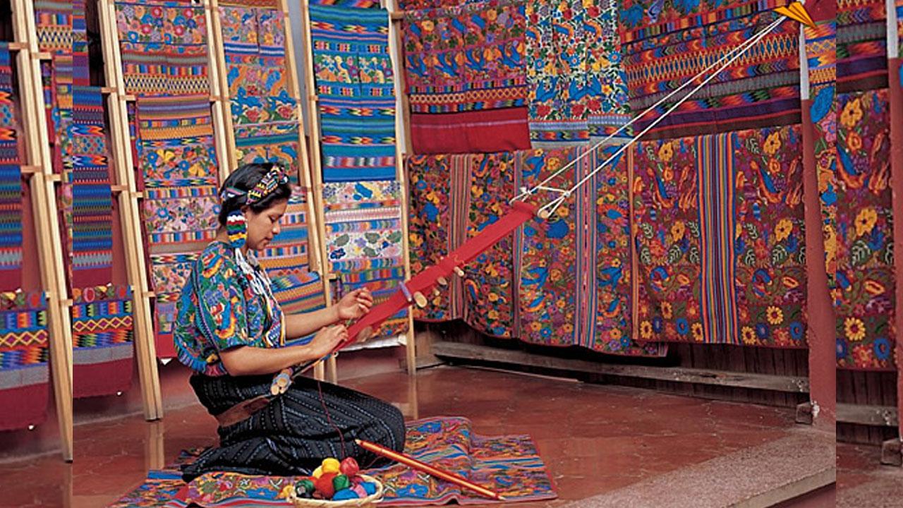Los artesanos de Guatemala globalizan sus tejidos y luchan en contra de la apropiación cultural