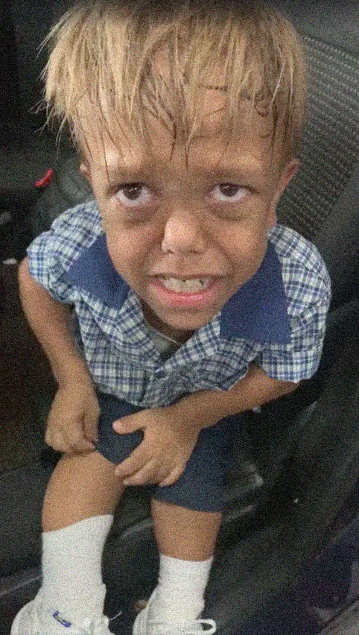 """Madre comparte el terrible instante de su hijo con enanismo al sufrir del bullying: """"Quiero que alguien me mate"""""""