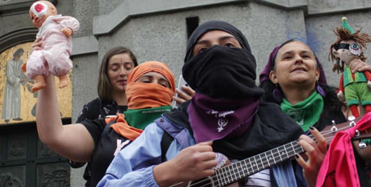 """""""Mi Muñeca Me Habló"""", la canción infantil chilena que se volvió un himno feminista"""