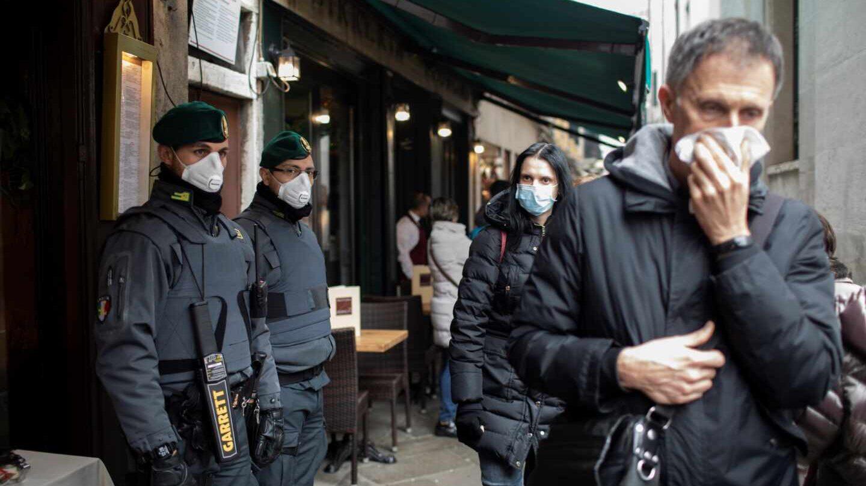 Italia impone distancia entre personas como medida de emergencia por el coronavirus