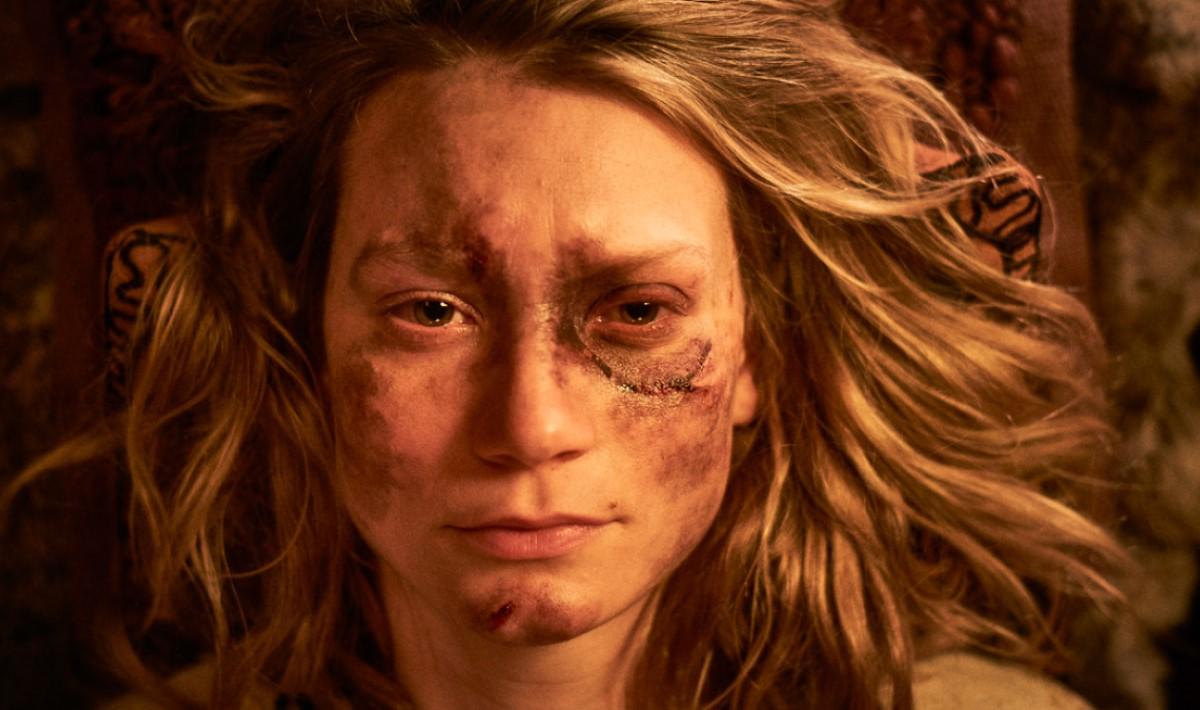"""""""Judy & Punch"""": Mia Wasikowska es una titiritera que busca venganza en este violento trailer"""