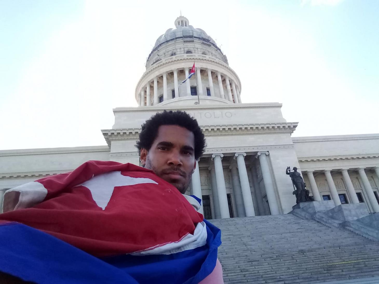 Detienen en Cuba al artista Luis Manuel Otero antes de protesta LGBTQI+ contra la censura