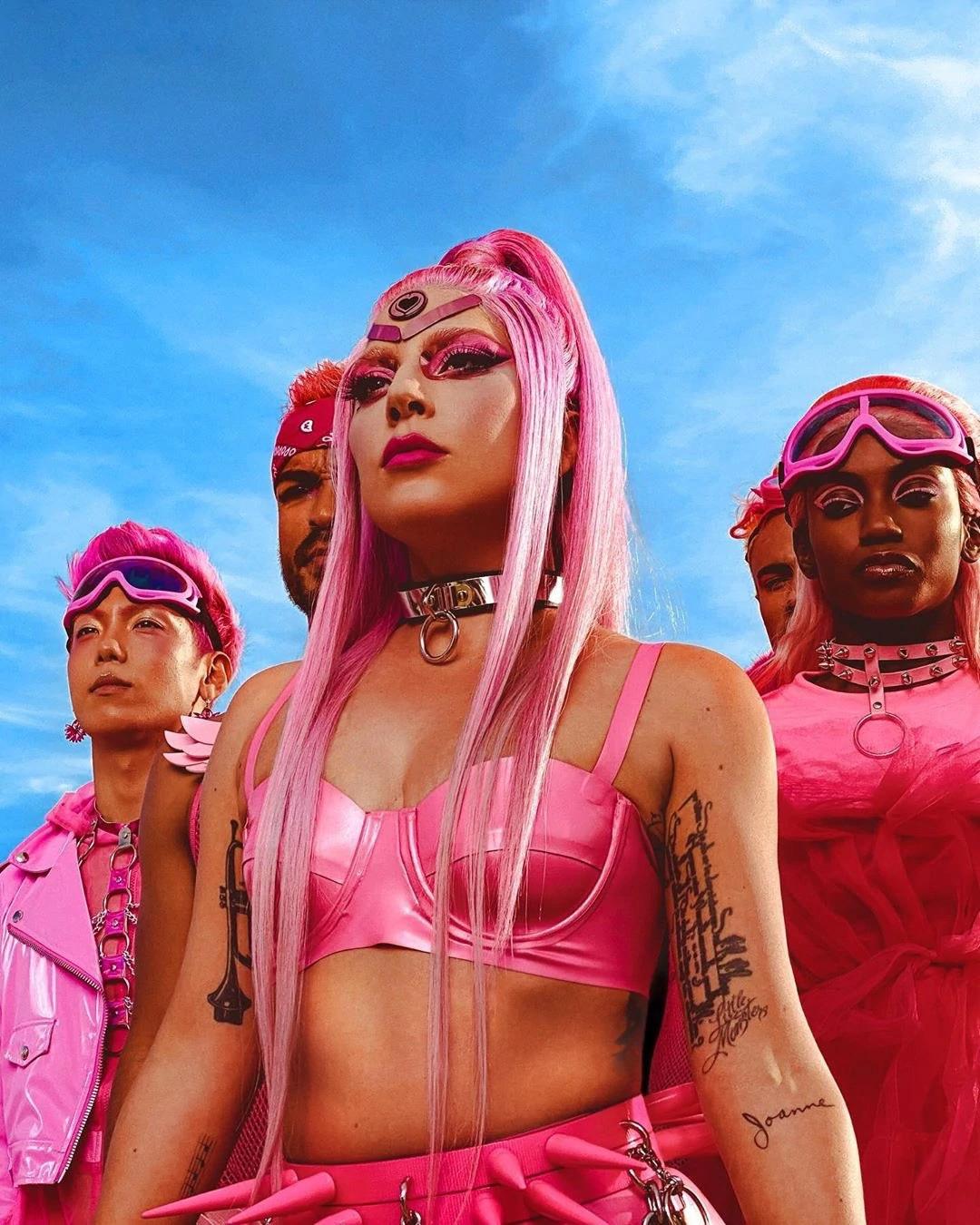 """Todo lo que necesitas saber sobre """"Chromatica"""", el nuevo álbum de Lady Gaga"""