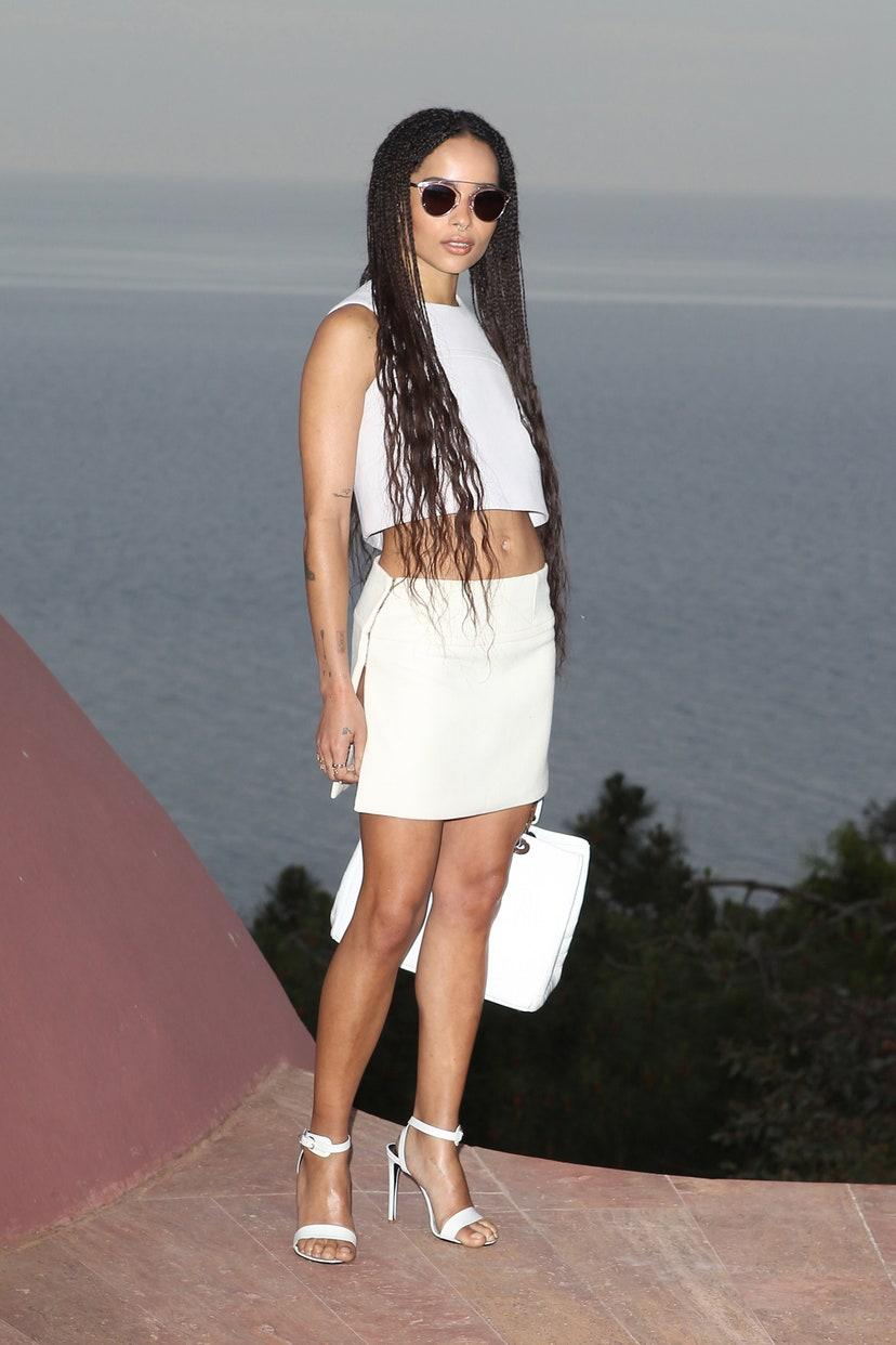 10 looks de Zoë Kravitz que la convierten en la fashionista del streetwear