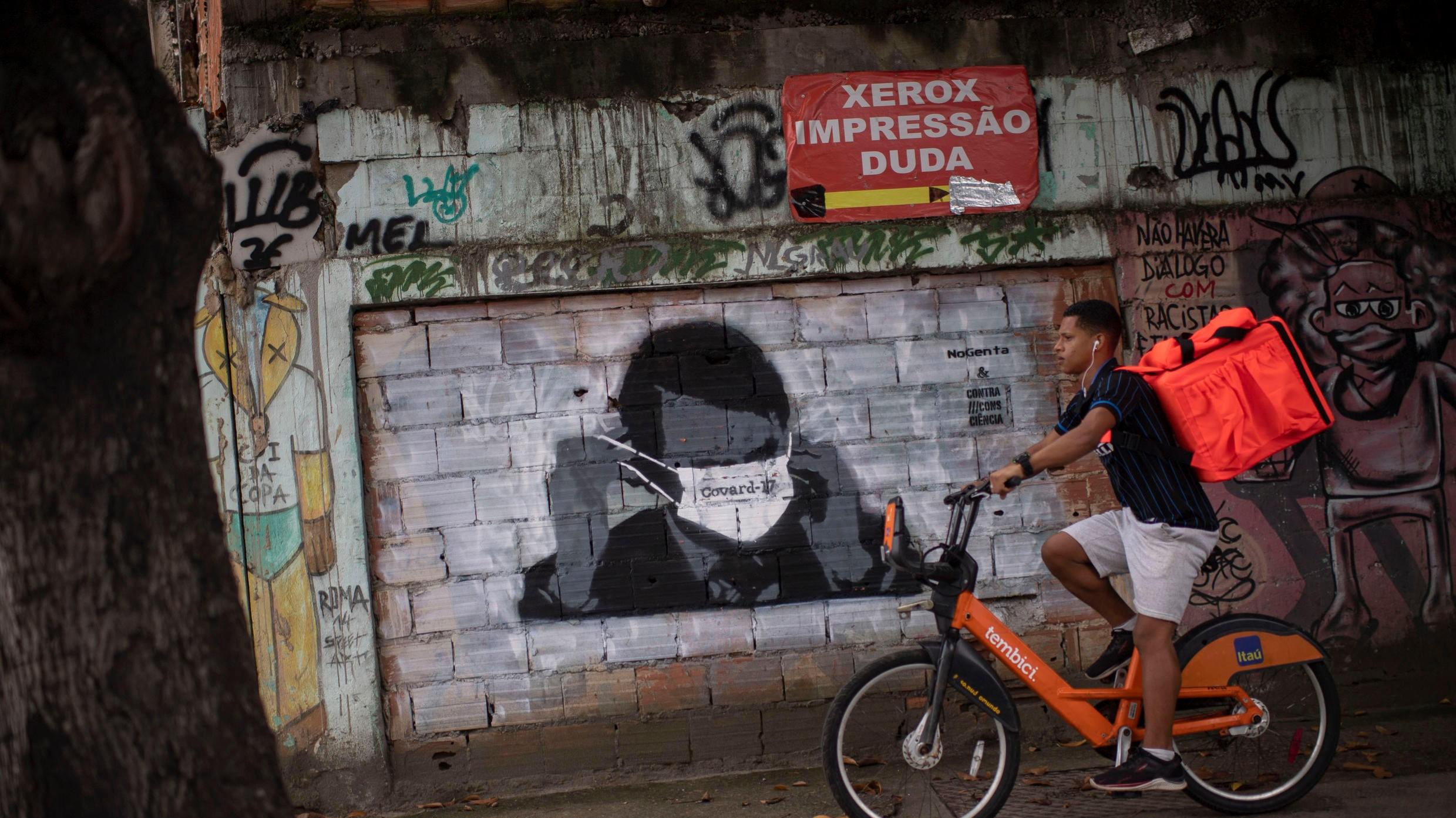 Coronavirus: Chile reporta cifra máxima de muertes en un día, Brasil quiere dialogar con narcos en favelas para llevar suministros