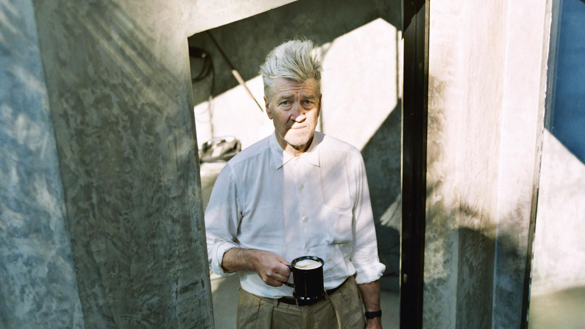 """David Lynch habla de creatividad, arte y meditación en cuarentena: """"No te preocupes por lo que vendrá"""""""