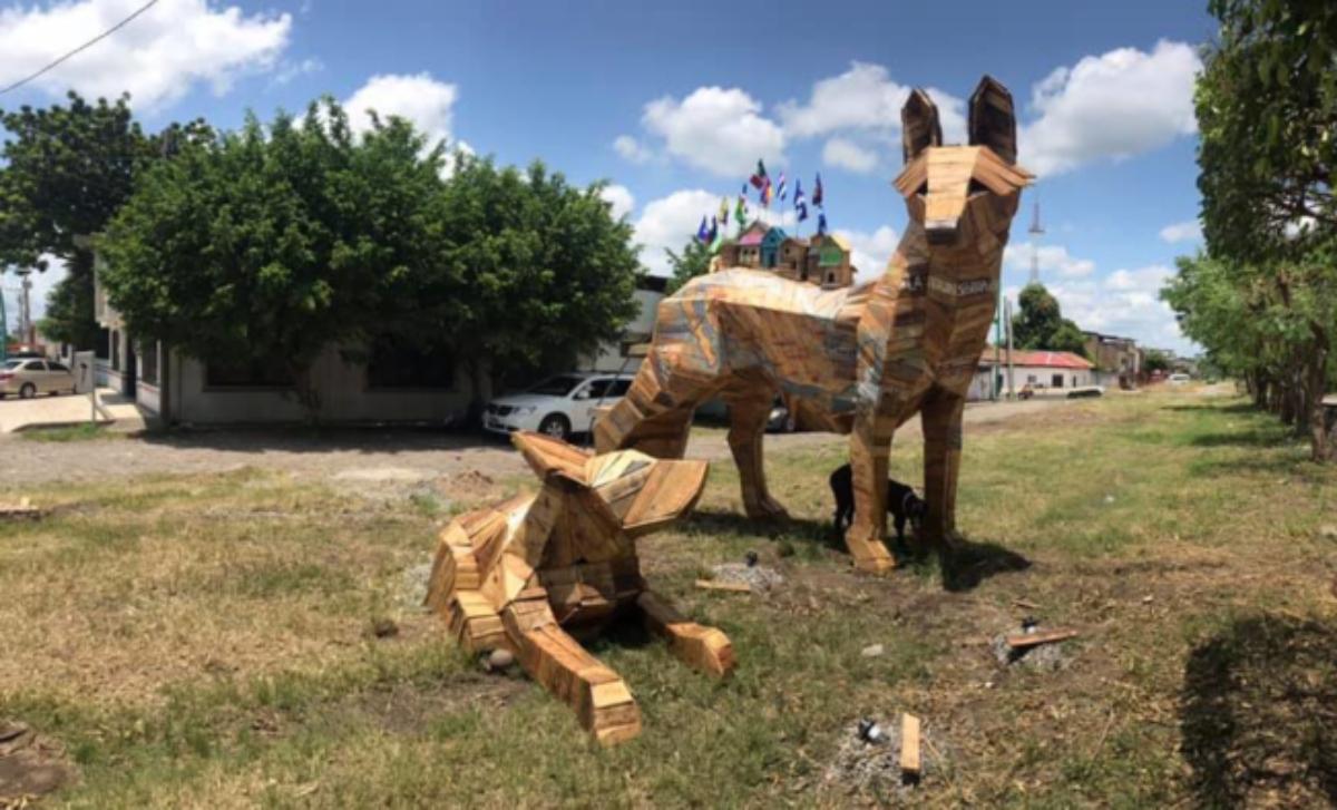 """""""Transportapueblos"""": Los coyotes que ayudan a los migrantes en su travesía a Estados Unidos"""