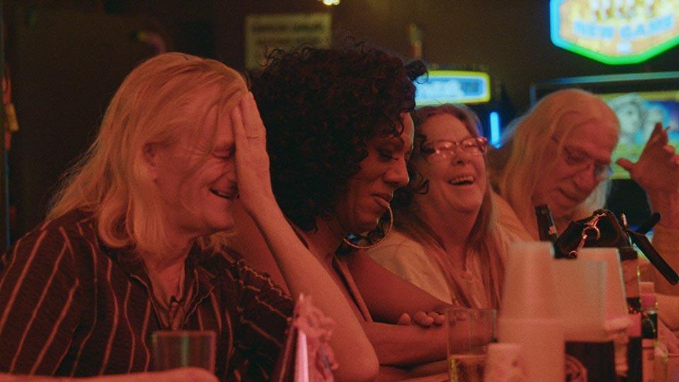 """""""Bloody Nose, Empty Pockets"""", el documental de Sundance que nos lleva a una noche etílica en Las Vegas"""